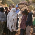 Rick Hodes treating children in Ethiopia